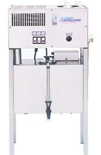Polar Bear Water Distiller Model 26D8