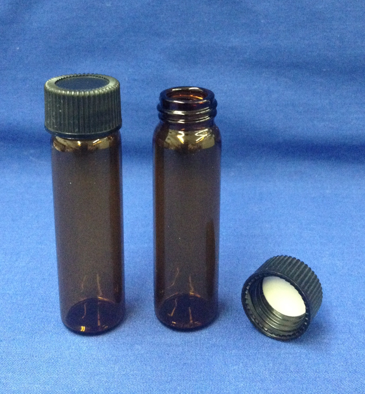 2 dram amber bottle glass with cap